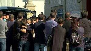 Silêncio e dor no adeus a casal assassinado em Braga
