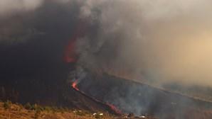 Cancelados 30 voos com La Palma e Gomera devido à nuvem de cinzas do vulcão