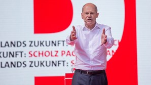 """OlafScholz fala de """"sucesso"""" e apresenta-se como """"o próximo chanceler alemão"""""""