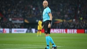 Árbitro russo no FC Porto-Liverpool e sérvio no Dortmund-Sporting