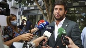 """""""Portugueses hoje são chamados a cuidar da saúde da sua democracia"""": Líder do CDS apela ao combate à abstenção"""