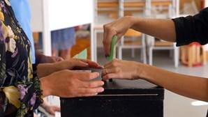 Afluência às urnas era de 42,34% até às 16h00