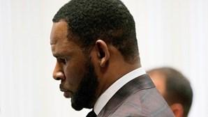 Cantor norte-americano R. Kelly considerado culpado dos crimes de tráfico sexual e abuso de menores