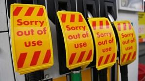 Governo britânico ordena ao Exército que ajude na crise dos combustíveis