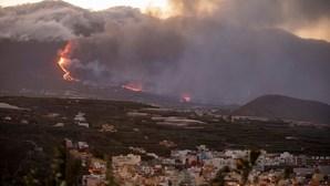 Sismo de magnitude 4.5 abala La Palma. É o maior desde o início da erupção do vulcão Cumbre Vieja