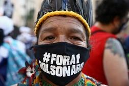 Indígenas também estiveram presentes nos atos de protesto contra o presidente brasileiro
