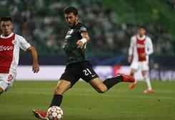 Paulinho marcou para os leões contra o Ajax