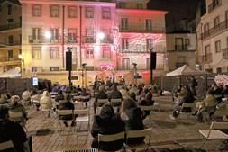 De igrejas a coletividades, o festival ocupa vários espaços em Alfama