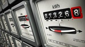 Na fatura paga pelas famílias, a eletricidade efetivamente consumida só representa 33% do valor pago