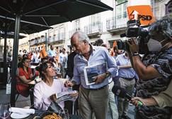 Presidente do PSD, Rui Rio, esteve ontem em campanha no Norte do País e andou pelas ruas do Porto