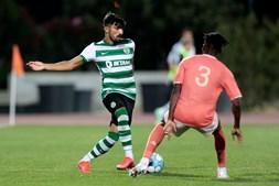 Ricardo Esgaio é visto pelo treinador como uma alternativa segura para dar descanso a titulares de várias posições