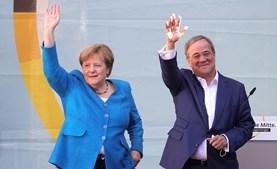 Armin Laschet tem o apoio de Merkel
