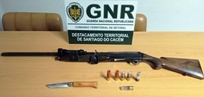 GNR deteve um homem por posse ilegal de armasem Sines