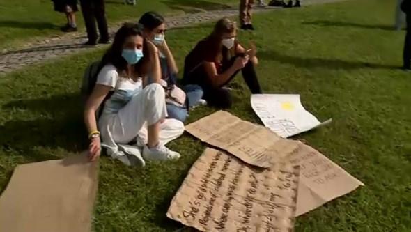 Greve climática estudantil convoca protestos com agenda alargada a problemas sociais