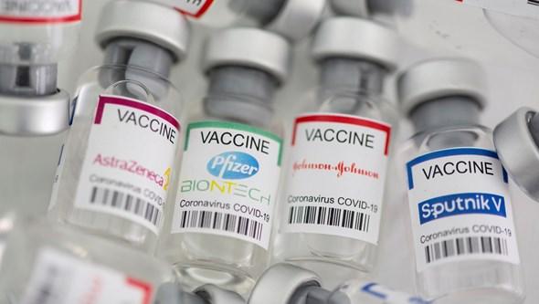 Recém-nascido recebe vacina contra a Covid-19 por engano