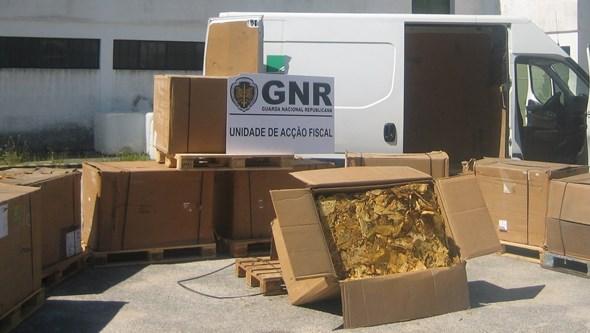 Grupo usava panfletos para vender tabaco ilegal no Norte do País