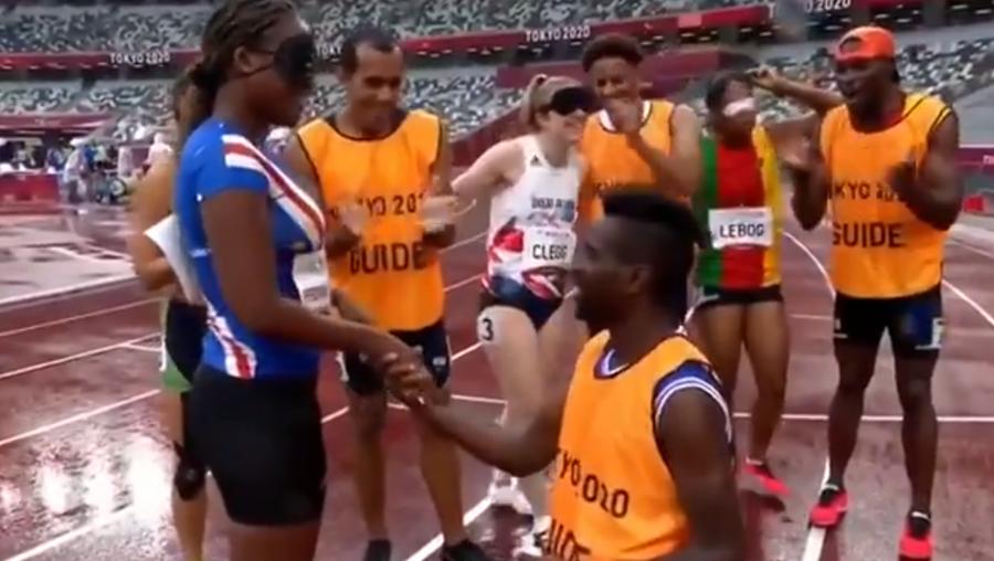 Cabo-verdiana Keula Nidreia Semedo foi pedida em casamento pelo seu guia