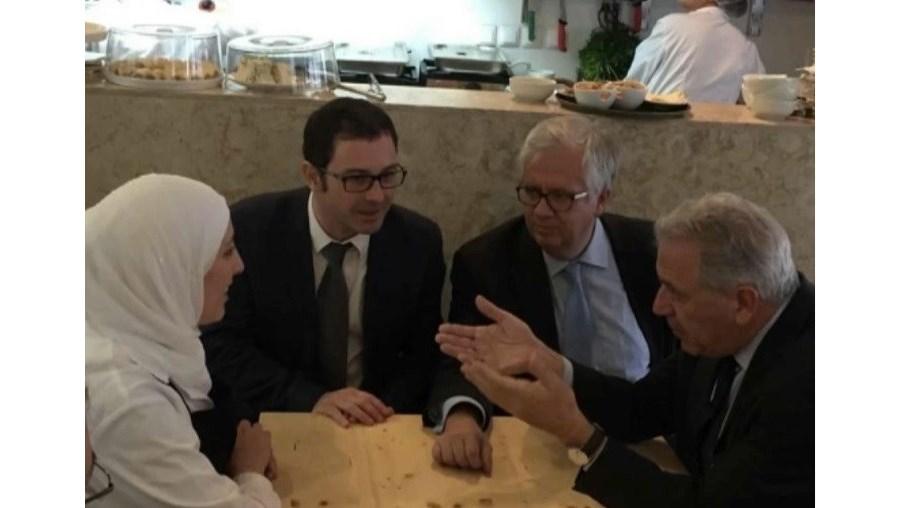 Eduardo Cabrita também visitou o restaurante onde trabalhava o iraquiano suspeito de terrorismo