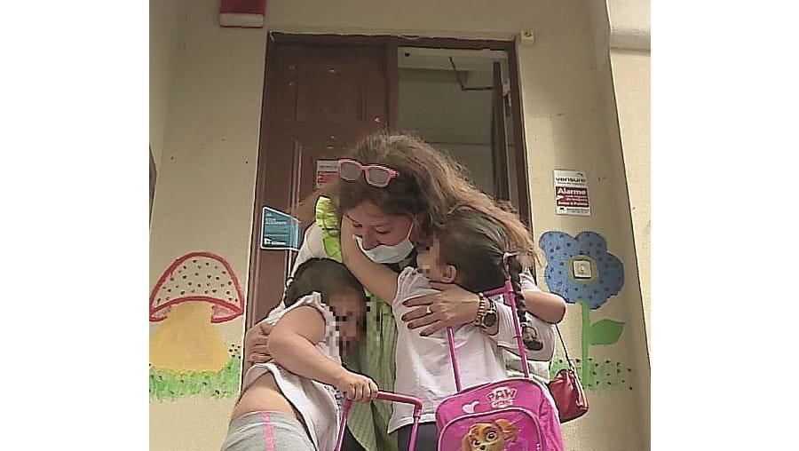 Pais ficam à porta das creches no regresso às aulas