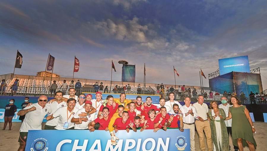 Seleção nacional conquistou o oitavo troféu do seu historial em Buarcos