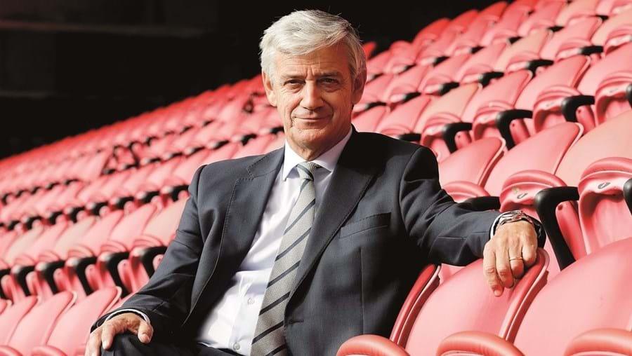 Domingos Soares de Oliveira é administrador da Benfica Internacional, empresa criada há dois anos