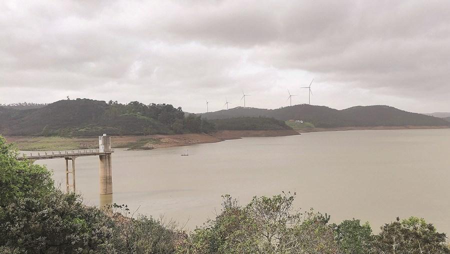 Albufeira localizada no concelho de Lagos é a que tem menor percentagem de água armazenada em todo o País