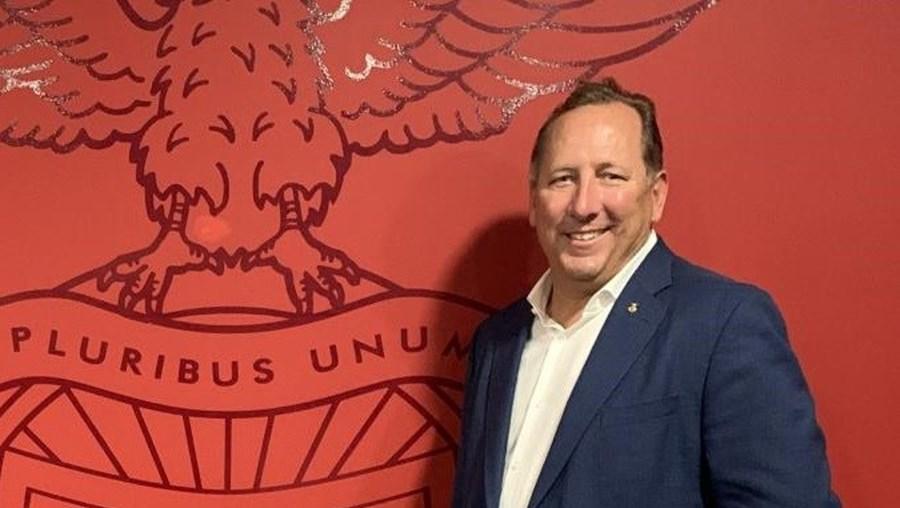 John Textor queria entrar já no capital da SAD  do Benfica, mas vai esperar