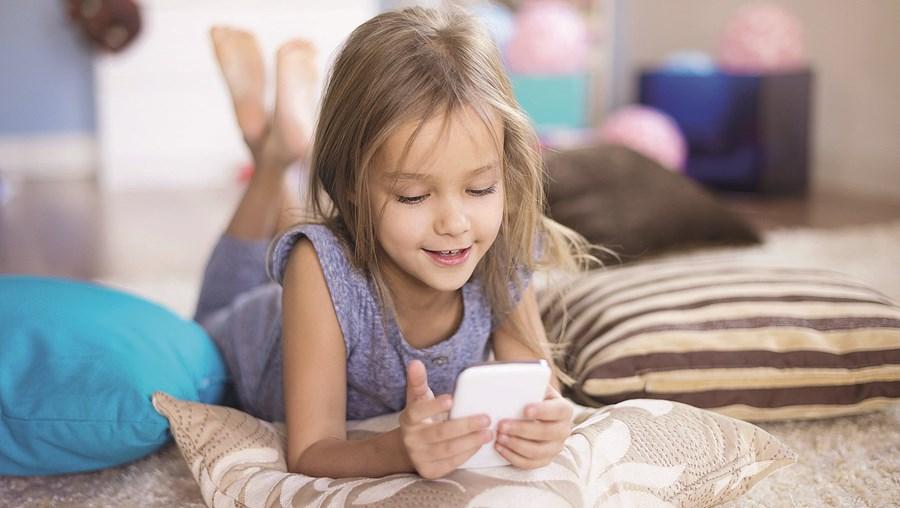 Instagram terá estudos que comprovam que a aplicação é capaz de causar danos psicológicos em crianças e jovens