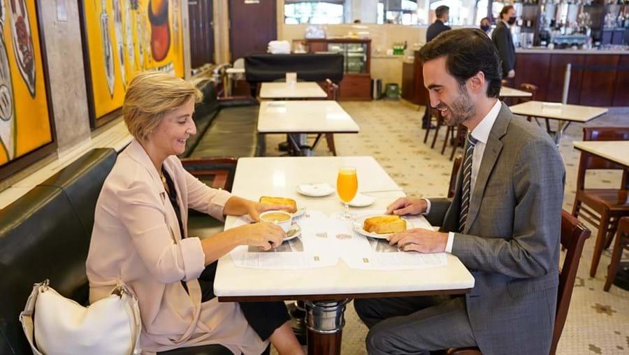 Temido tomou o pequeno-almoço com o candidato do PS à Câmara do Porto, Tiago Barbosa Ribeiro