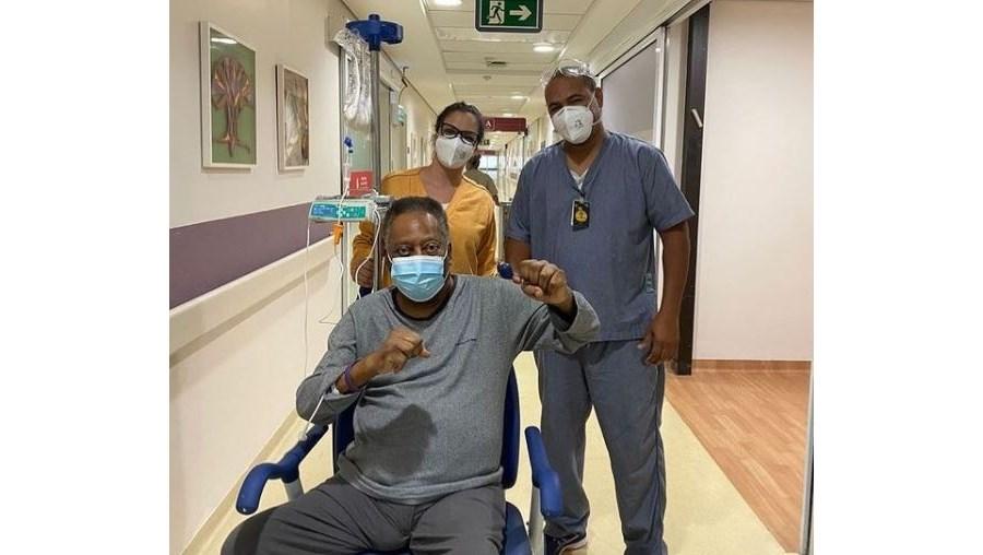 Pelé publicou fotografia no Instagram