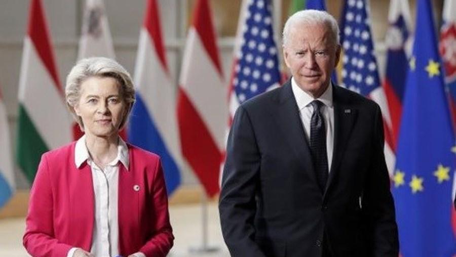 Ursula von der Leyen e Joe Biden