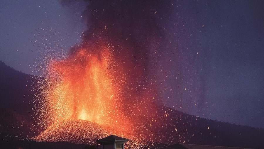 Avanço do magma já devorou 400 casas e arrasou 166 hectares