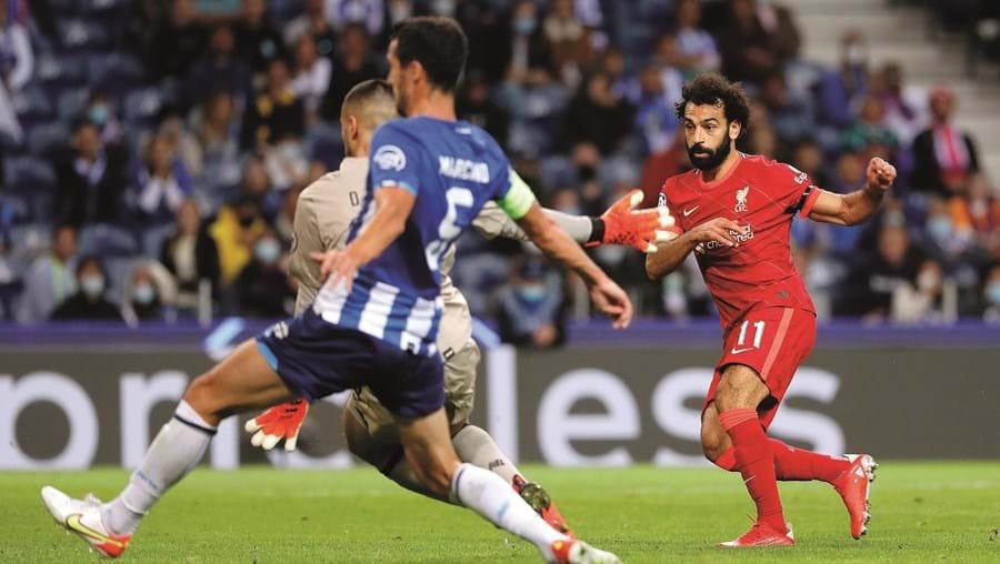 Salah bisa na partida perante Diogo Costa e Marcano