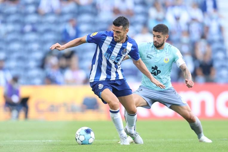 Ivan Marcano tem sido aposta no lado canhoto da defesa do FC Porto