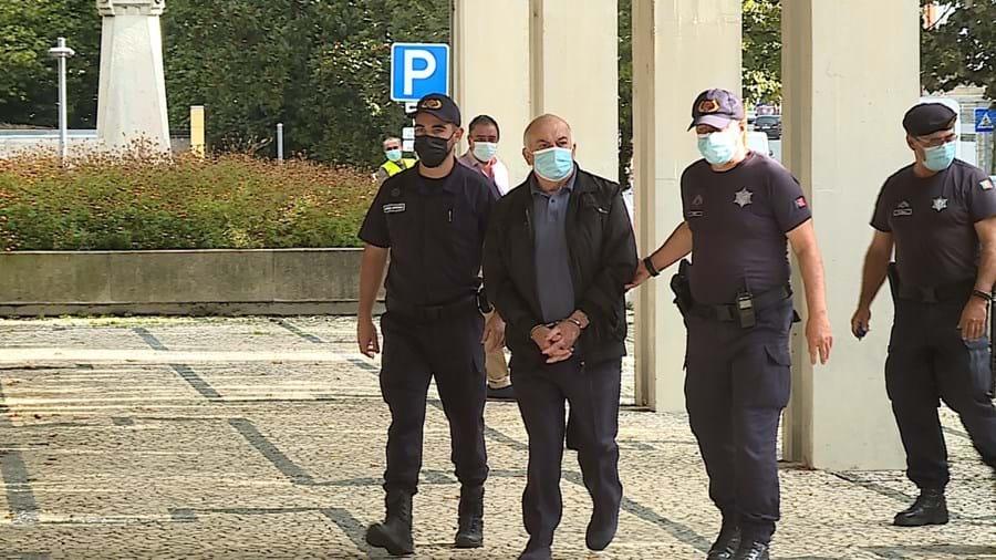 Joaquim Sousa a entrar no Tribunal de Penafiel