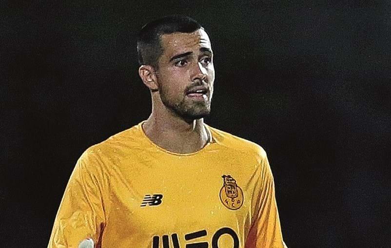 Diogo Costa, 21 anos, foi eleito o homem do jogo do clássico com o Sporting (1-1)