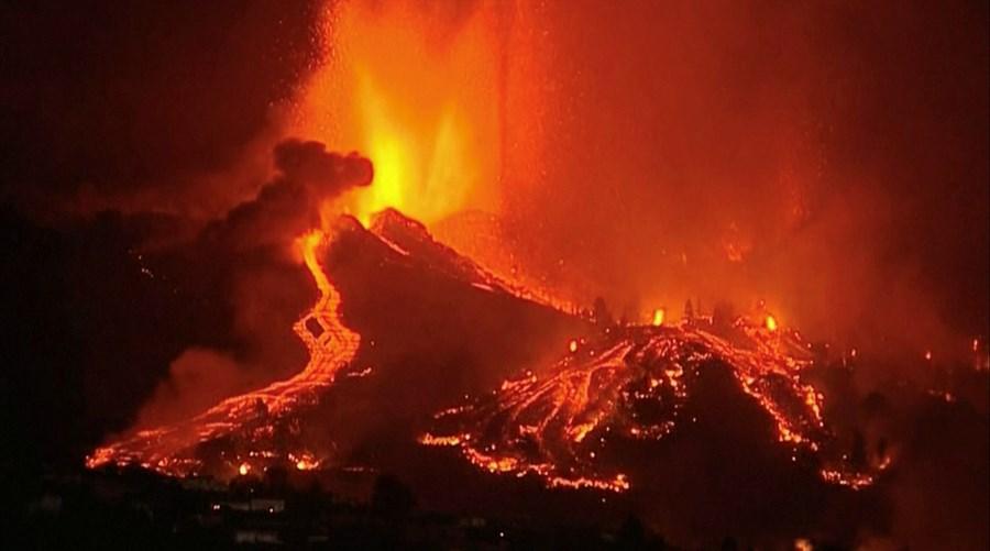 Vulcão em La Palma nas Canárias