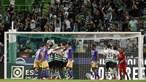 Sporting sofre mas vence Moreirense em Alvalade e iguala FC Porto na liderança da Liga