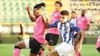 Taremi deixa FC Porto no topo da Liga
