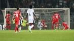 V. Guimarães insistiu, Benfica relaxou e partida da Taça da Liga termina empatada a três bolas