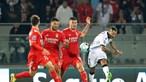 Benfica não vai além de empate frenético em Guimarães