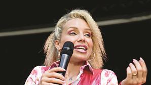 Luciana Abreu arrasa Joana Marques após piadas da humorista