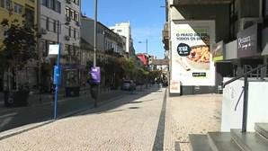 Jovem de 23 anos espancado por grupo na noite do Porto