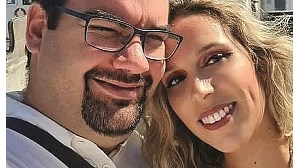 Casal motociclista que morreu em acidente vai hoje a sepultar