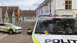 Ataque na Noruega investigado como terrorismo. Criminoso mostrava sinais de radicalização islâmica