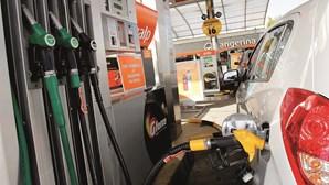 Governo vai descer 2 cêntimos por litro na gasolina e um cêntimo no gasóleo