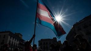 PS entrega proposta para que alunos transgénero sejam tratados na escola pelo nome que escolherem