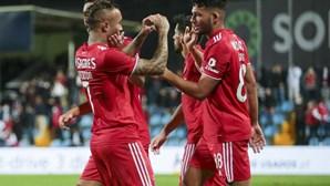 Benfica sofre até ao último minuto mas conquista vitória frente ao Trofense