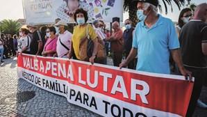 Caos na saúde: Setúbal volta a sair à rua em protesto