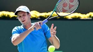 Roger Federer sai do 'top 10' do 'ranking' mundial de ténis e dá lugar a Hubert Hurkacz